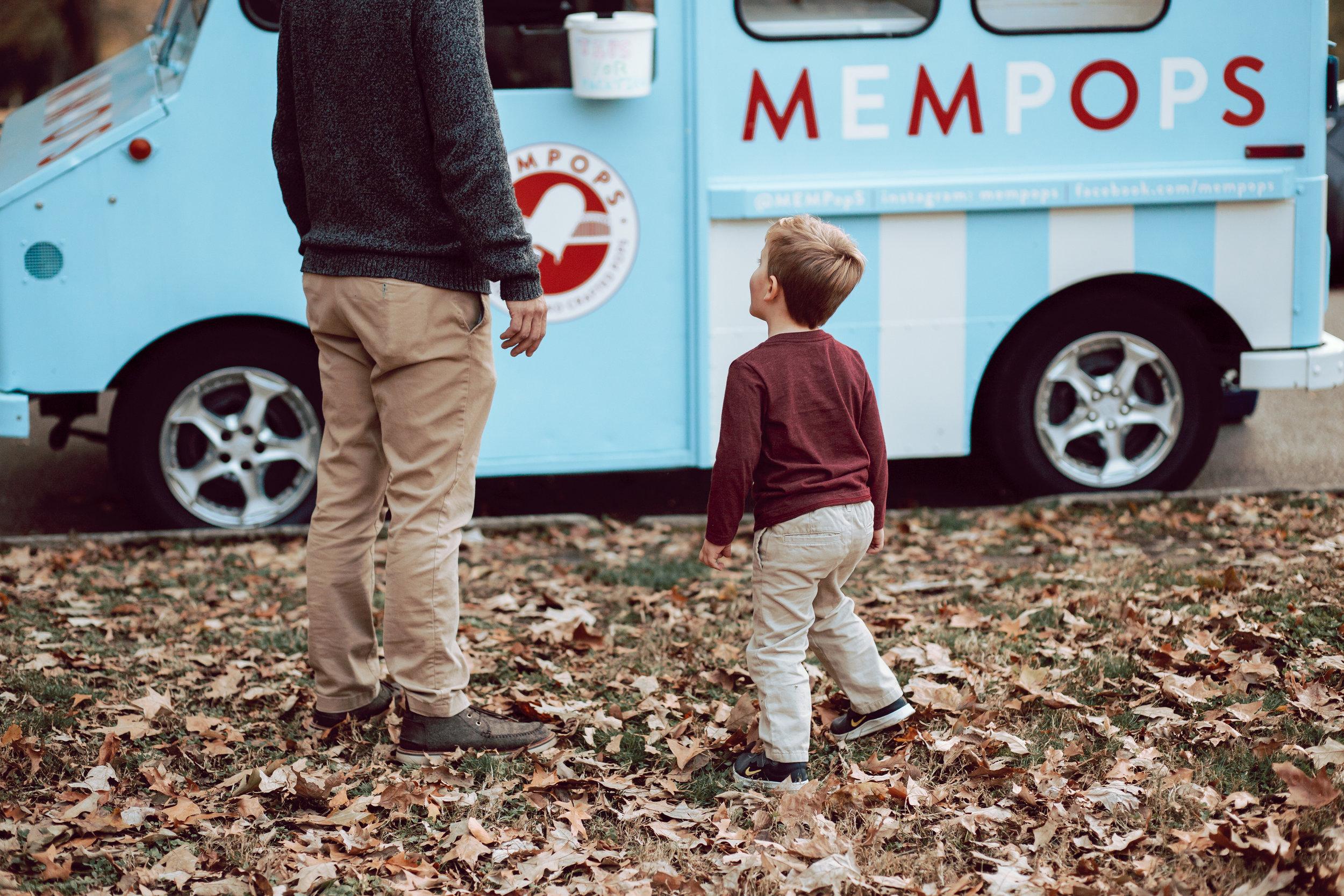 little boy orders mempops in overton park fall