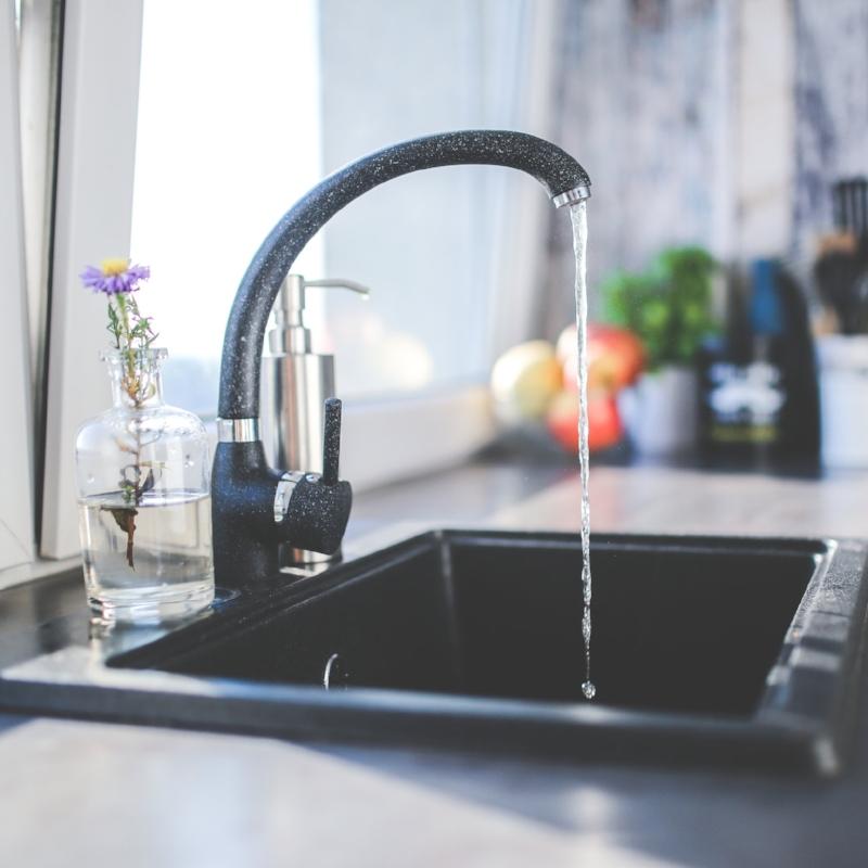 water-kitchen-black-design.jpg