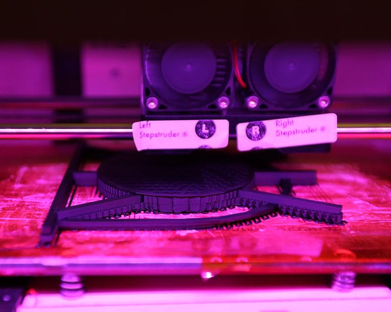 Tamiflu-3D-printing-Miniature-Stove-Grill.jpg