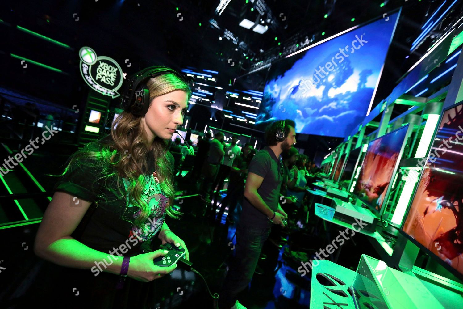 xbox-e3-2018-briefing-fanfest-and-showcase-event-los-angeles-usa-shutterstock-editorial-9709318a.jpg