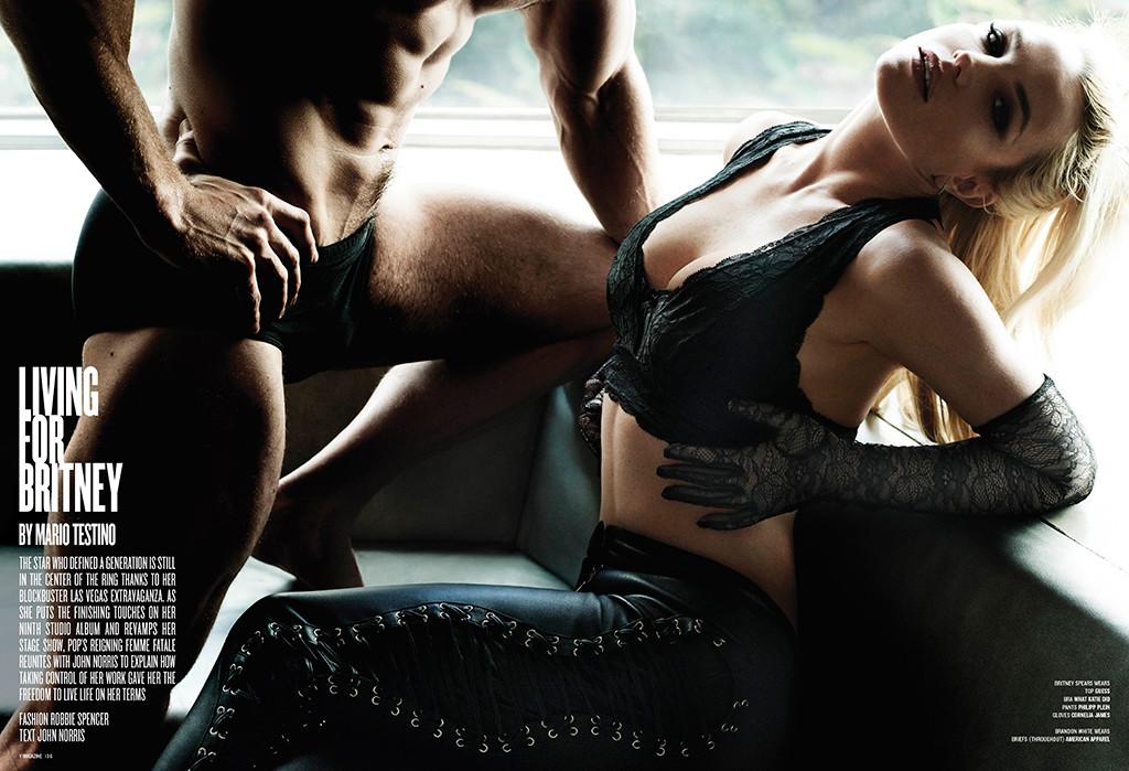 rs_1024x699-160302080417-1024.Britney-Spears2-FB-030216.jpg