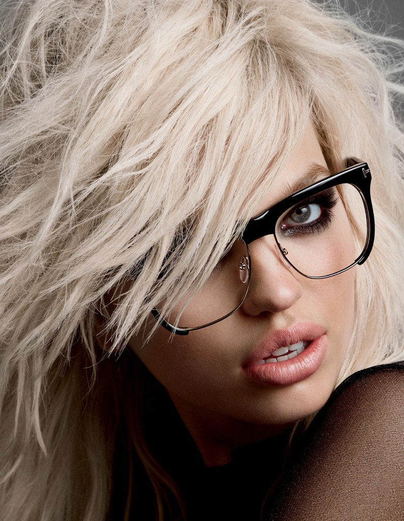 Daphne-Groeneveld-by-Inez-Vinoodh-for-the-Tom-Ford-Spring-Summer-2015-Campaigng.jpg