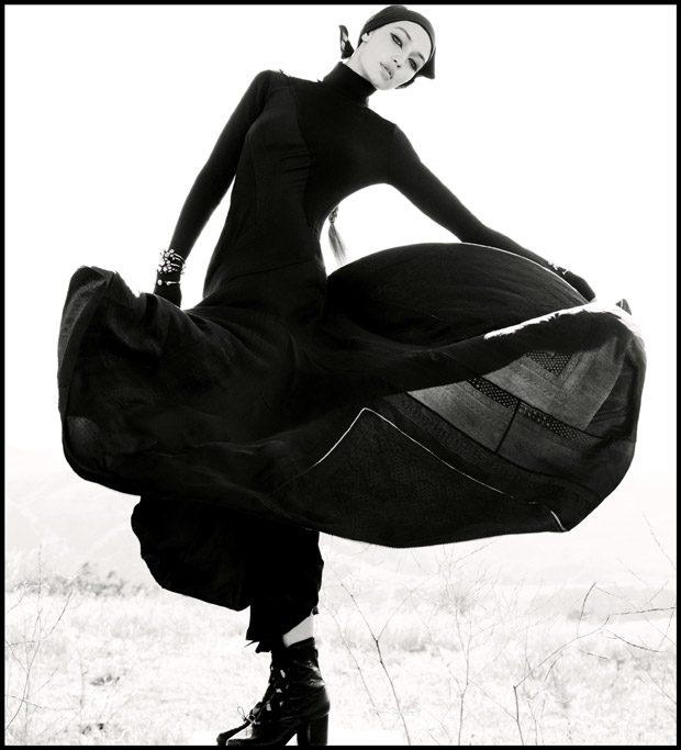 Gigi-Hadid-WSJ-Magazine-Inez-Vinoodh-05-620x683.jpg
