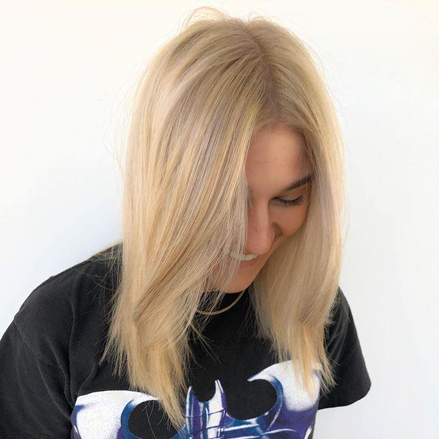Baby blonde! @emilyrosefrost @pulpriothair @uberliss