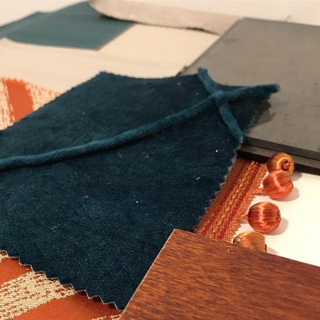 Busy day with a new project. Today's trio is a sneaky preview of how the scheme is coming together #autumnalcolours #samples #newproject #moodboard #interiors #interiordesign #interiordesigner #yorkshiredesigner #livingroom #livingroomideas #velvets #teal #orange #antiquemirror #traditionalinteriors #warmingtones #cosyinteriors #layers