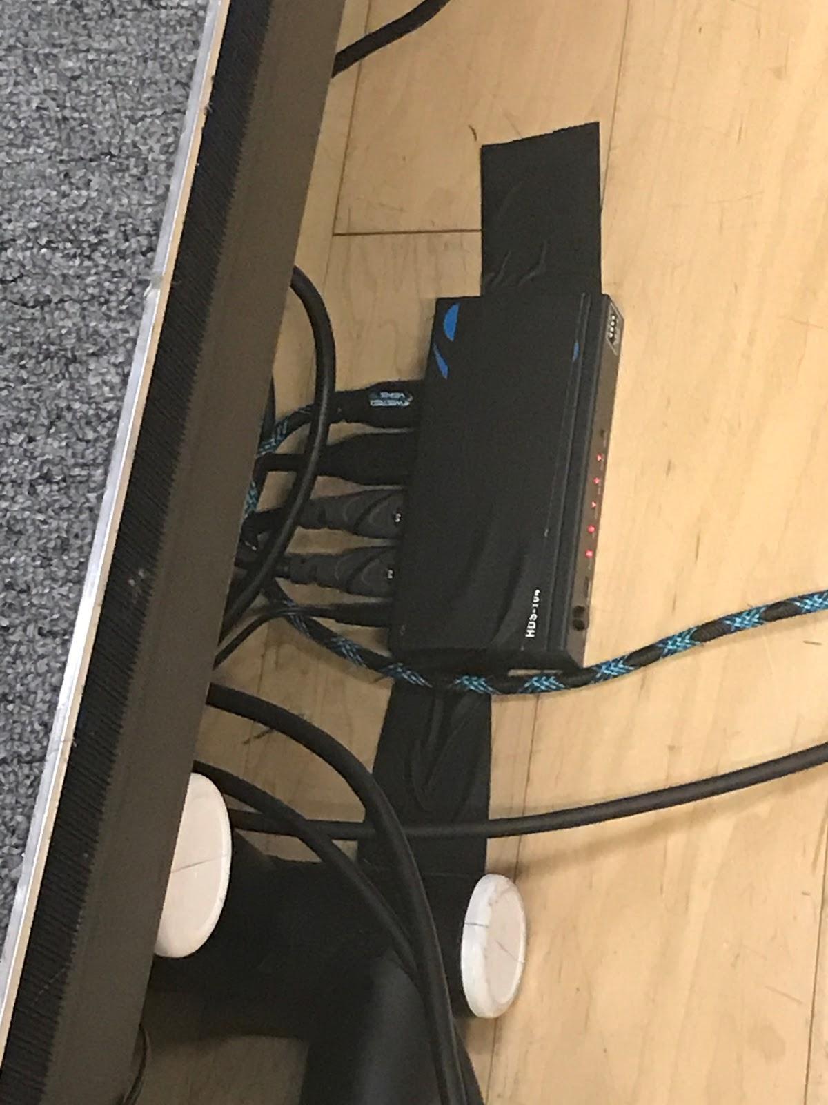 HDMI Splitter 2.jpg