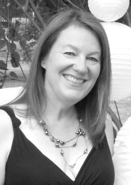 <b>Ann Schneider</b><br />VP of Marketing