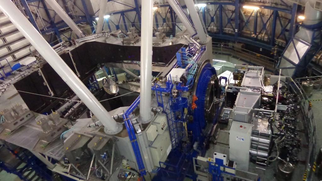MUSE mounted on the Nasmyth Platform of the  Very Large Telescope 's Unit Telescope 4.