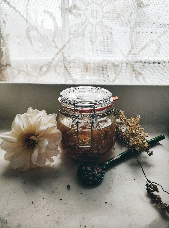 meadowseewt honey.jpeg