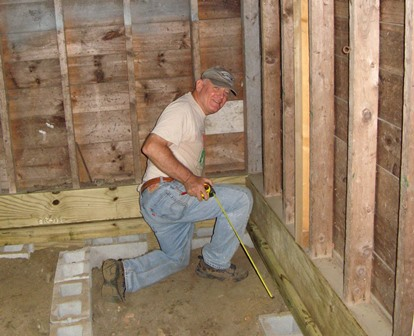 Volunteer Carpenter-r.JPG