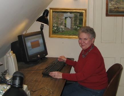 Volunteer in the Office-r.JPG
