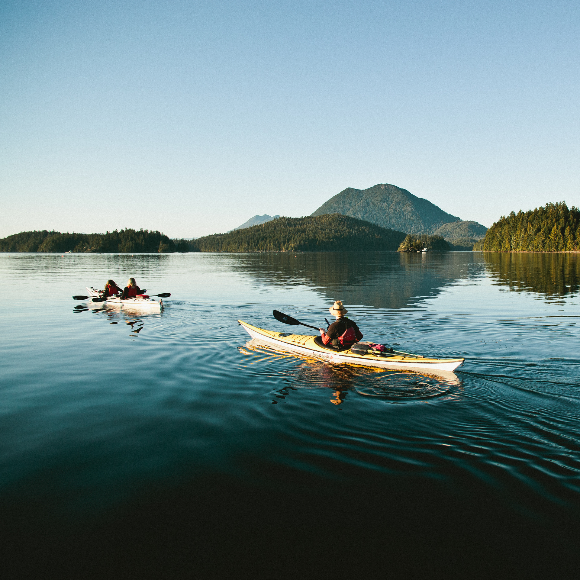 Sunset-Paddle-Tofino-Sea-Kayaking-Tofino-Harbour-Jeremy-Koreski.jpg