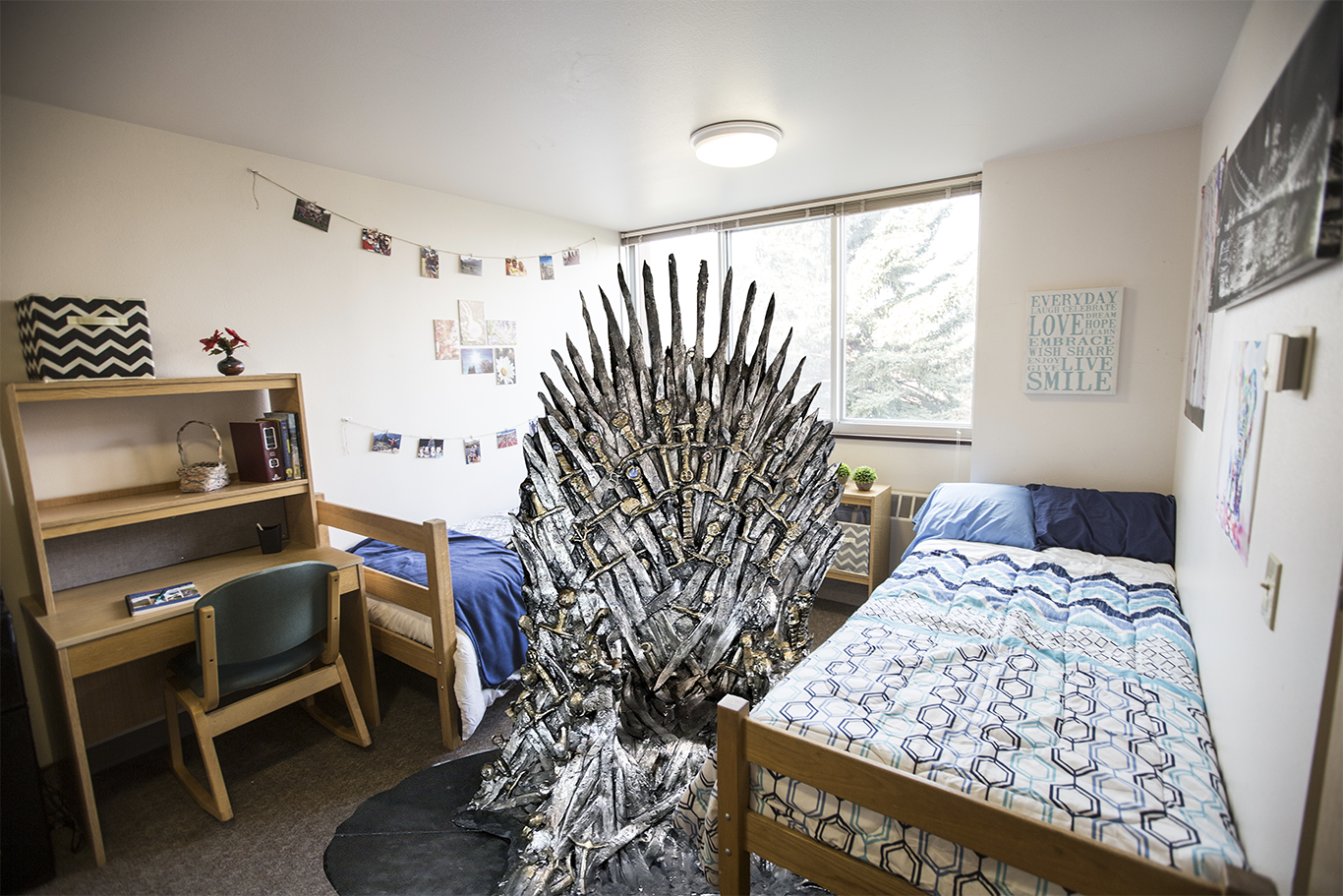 dorm of thrones.png