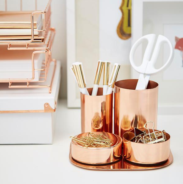 This copper desk set would make a nice addition to any workspace. It would work with so many of the fresh color palettes we're seeing in fabrics & other materials.