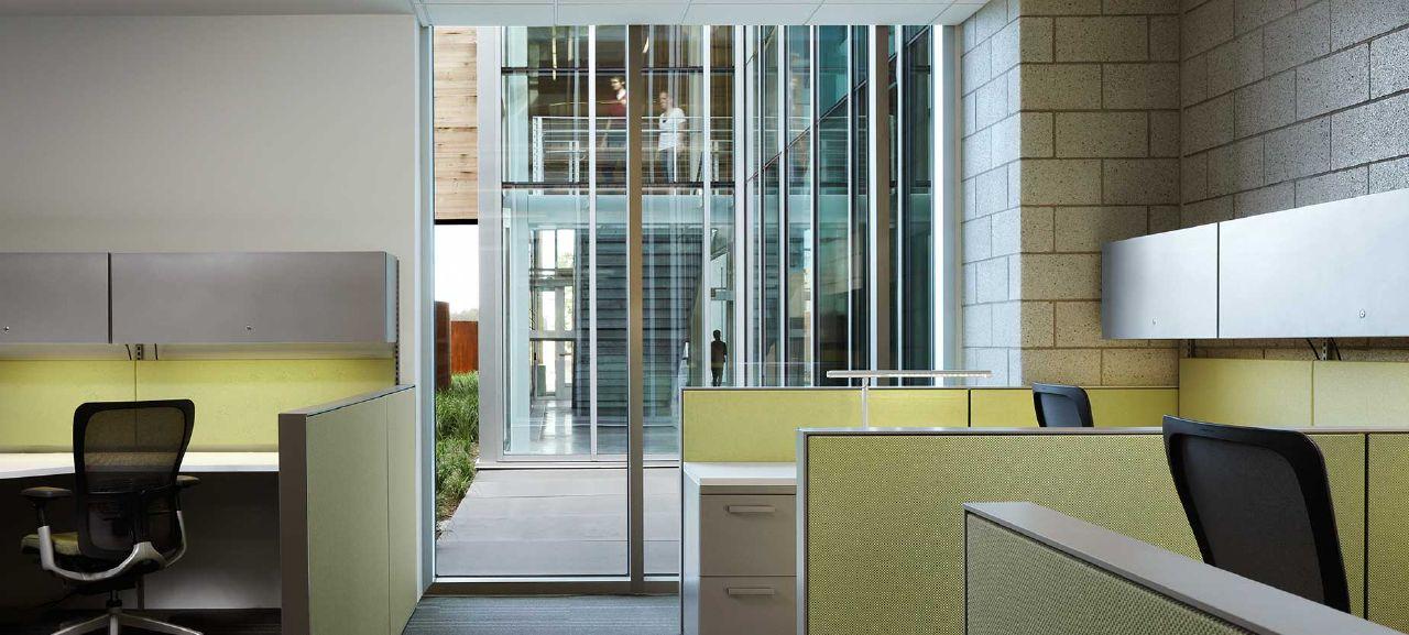 UofMinnesota-ClientSpaces-Zody-Haworth.jpg