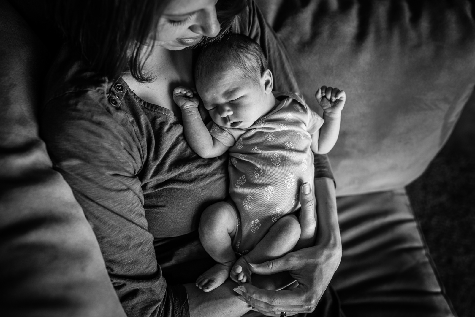 baby lucy and mama for web-4560.jpg