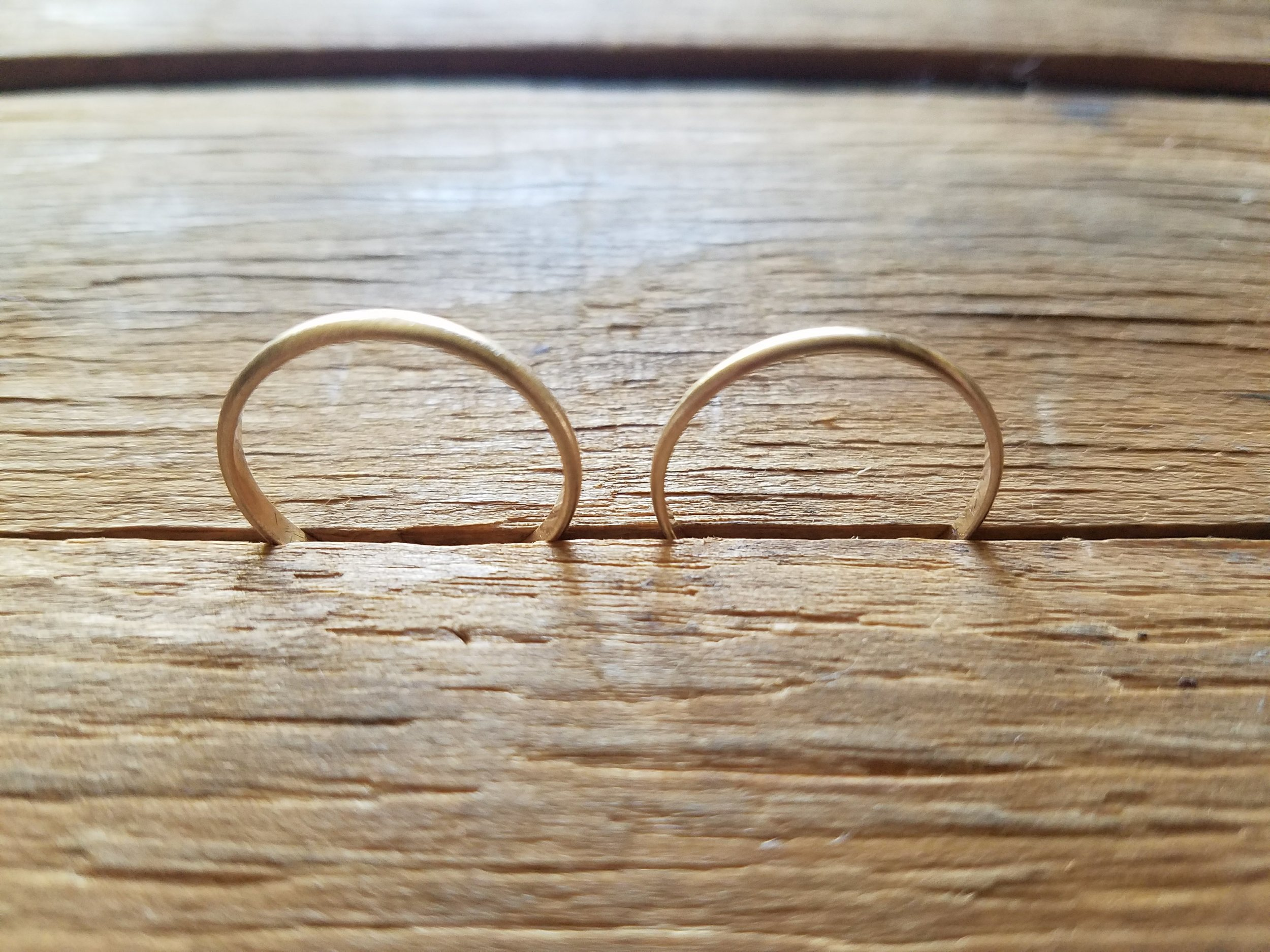 14k Gold Wedding Rings top view