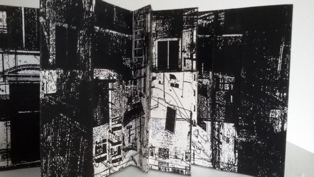hanneke-barendregt-pop-up-book-in-black-printmaking