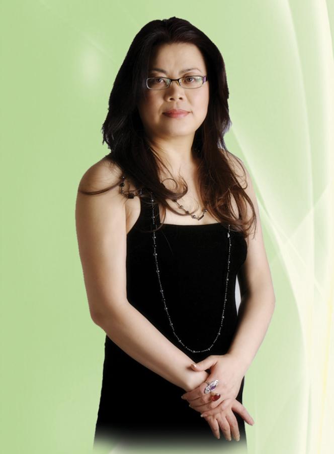"""张梅英Meiying Zhang - Born Fu-Shun, ChinaIn 1984, Meiying Zhang graduated with honors, from Lu Xun Art Institute, China. She immediately began teaching in the Art Department at Shen Yang Teachers' College. By 1996, she has achieved the status of assistant professor at the college. Because of her professional stature as an art teacher, in 1994 she was invited to join the China National Art Association. In the same year, Ms. Zhang was also named board member of the China Snow Villa Artist Association. In 1995, Meiying Zhang received the """"Gardener"""" award from the Cultural and Education Ministries of China. This prestigious award is given each year to recognize the unique excellence and outstanding contribution of an artist.Ms. Zhang moved to the United States in 1998 under the immigration Act for Individual with Outstanding Achievement. She established Meiying Art Studio in the bay year in the same year. She became a member of the Northern California Chinese Artists Association, and remains an active member ever since. In 2005, Ms. Zhang was invited to sit on the judge penal for CPAA International Youth Fine Art Contest. Among others she was also invited to judge 2017 Ranch 99 Market Annual Mother's Day Art Contest."""