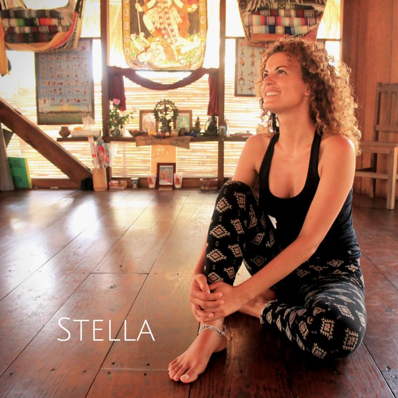 Stella Artuso  La santé et le bien-être ont toujours été une grande préoccupation pour Stella. Ses études l'ont amenée à vivre à l'étranger, où elle exerça plusieurs fonctions: kinésithérapeute, consultante en promotion de la santé et chercheuse en santé publique.  Elle veut promouvoir la santé holistique dans sa communauté. Stella découvre aussitôt le yoga, qui sera pour elle un début de la découverte de soi. Elle entreprend enfin un voyage d'auto-découverte... Elle découvre ainsi que le mouvement est un remède; l'immobilité mène à la lucidité; et la respiration (ou plutôt, la respiration en pleine conscience) rétablit les liens avec notre corps, apaise notre esprit et ouvre nos cœurs. À chaque cours, Stella apporte son sourire, son enthousiasme et cet amour qu'elle a pour le yoga, incorporant les asanas (postures), pranayama (techniques respiratoires) et la pleine conscience.