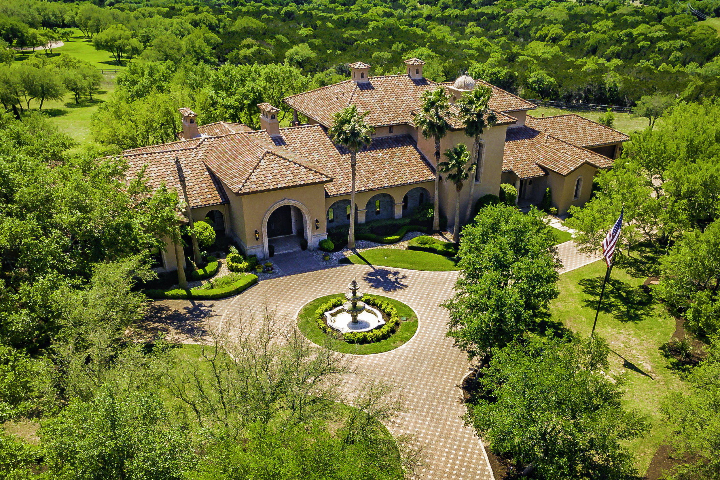 2502 Dominion Hill Aerial - Valerie DiFabio - April 2019-3.jpg