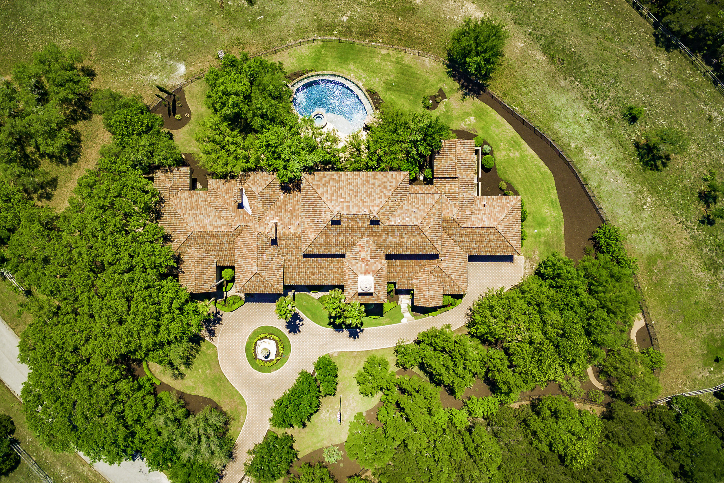 2502 Dominion Hill Aerial - Valerie DiFabio - April 2019-8.jpg