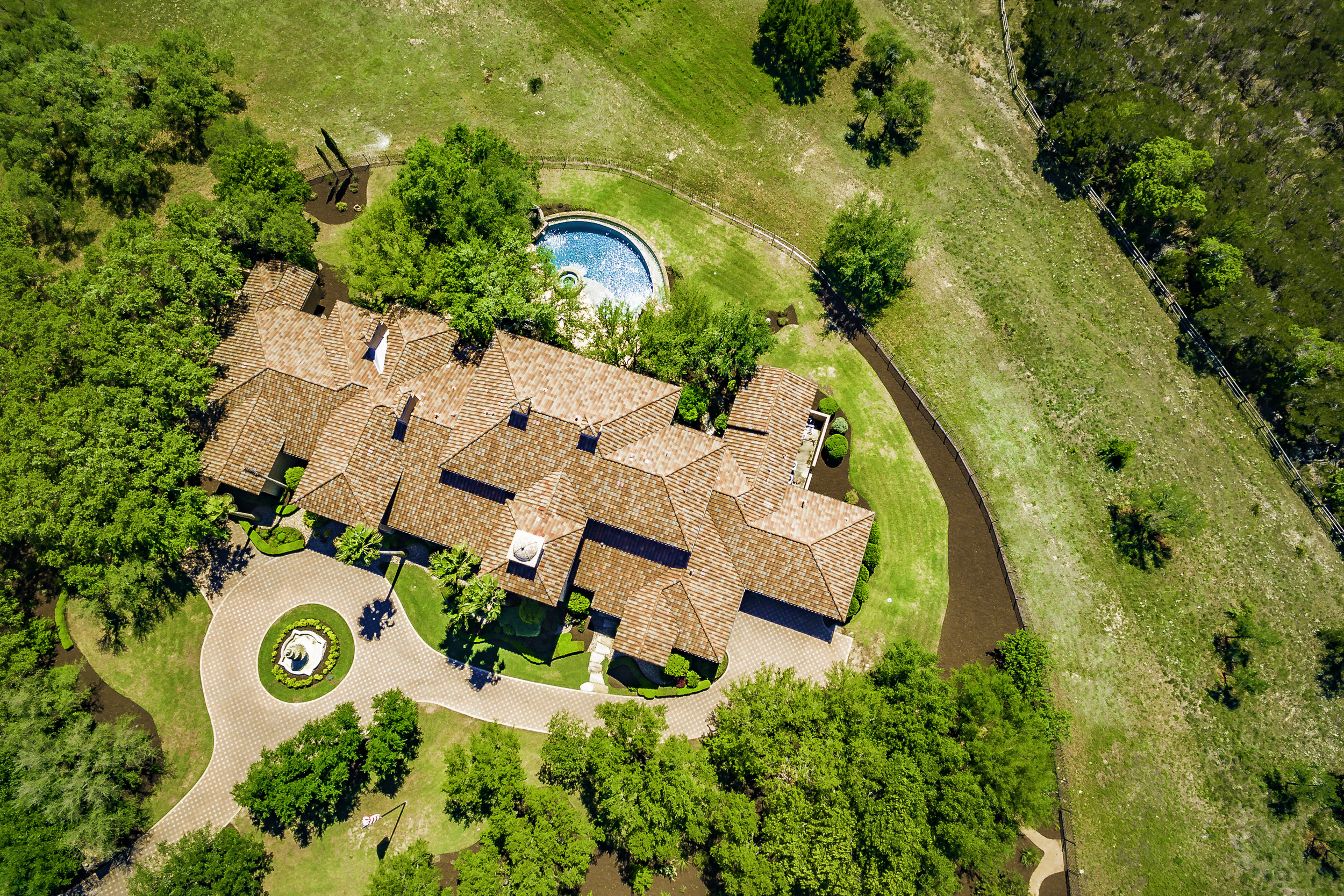 2502 Dominion Hill Aerial - Valerie DiFabio - April 2019-9.jpg