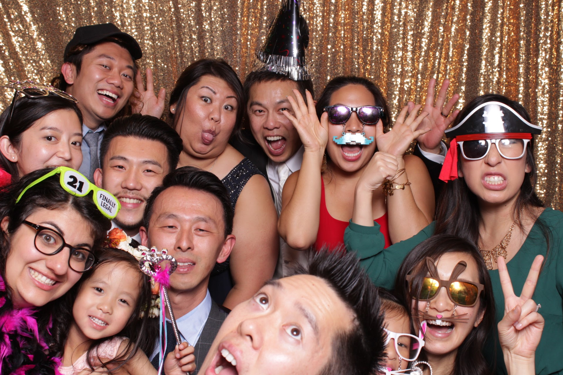 Let's fit everyone in the photobooth! #wedding, #familyphotos