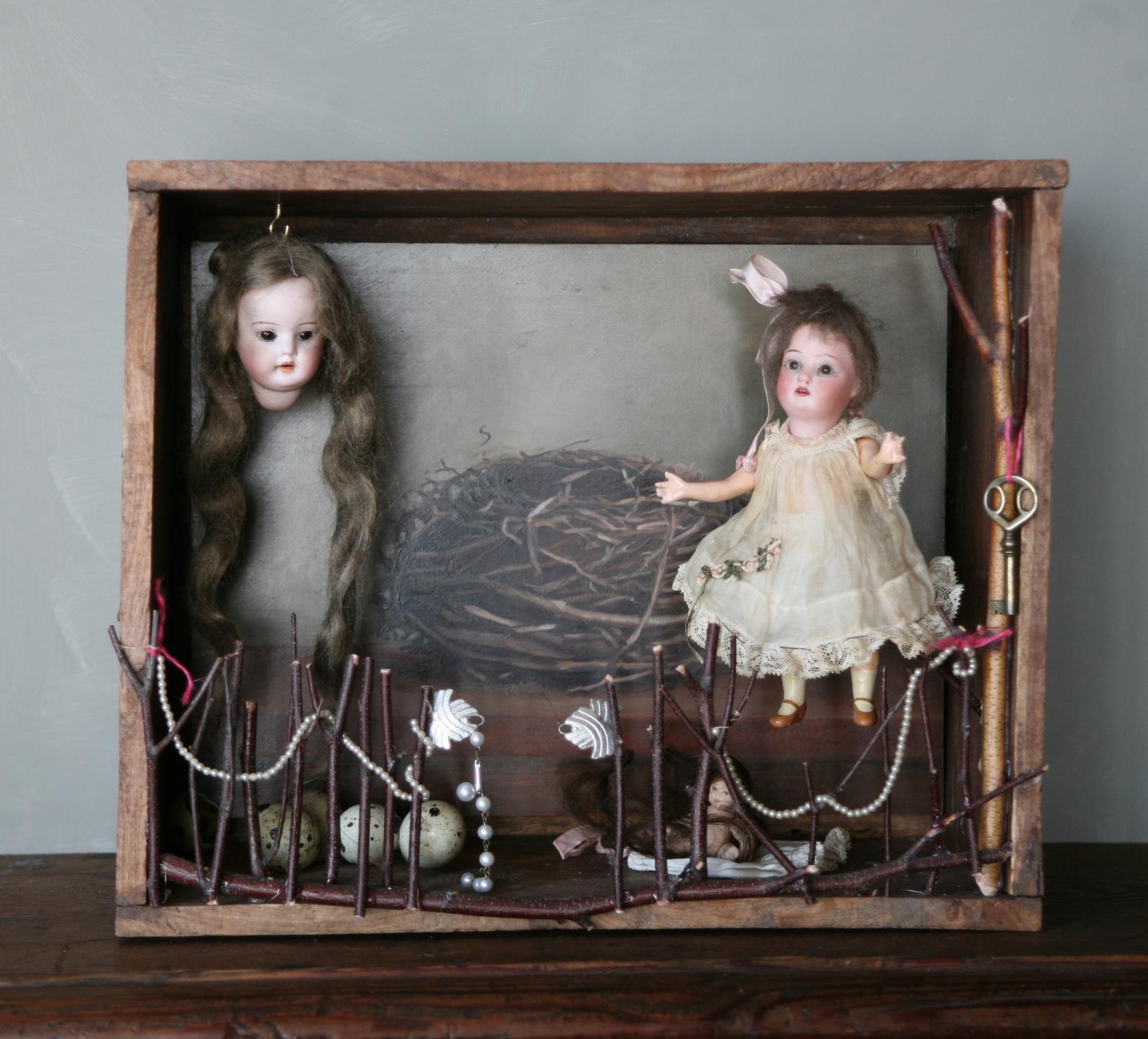 doll_box.jpg