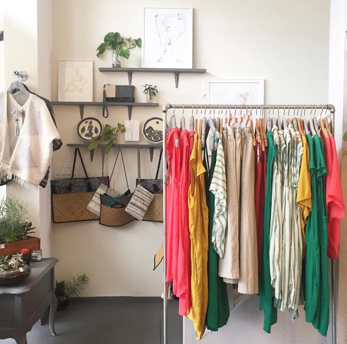 tonlé - We're a zero waste, ethical fashion brand on a big mission, to reduce waste generated by larger factories and change the way business is done in the fashion industry.