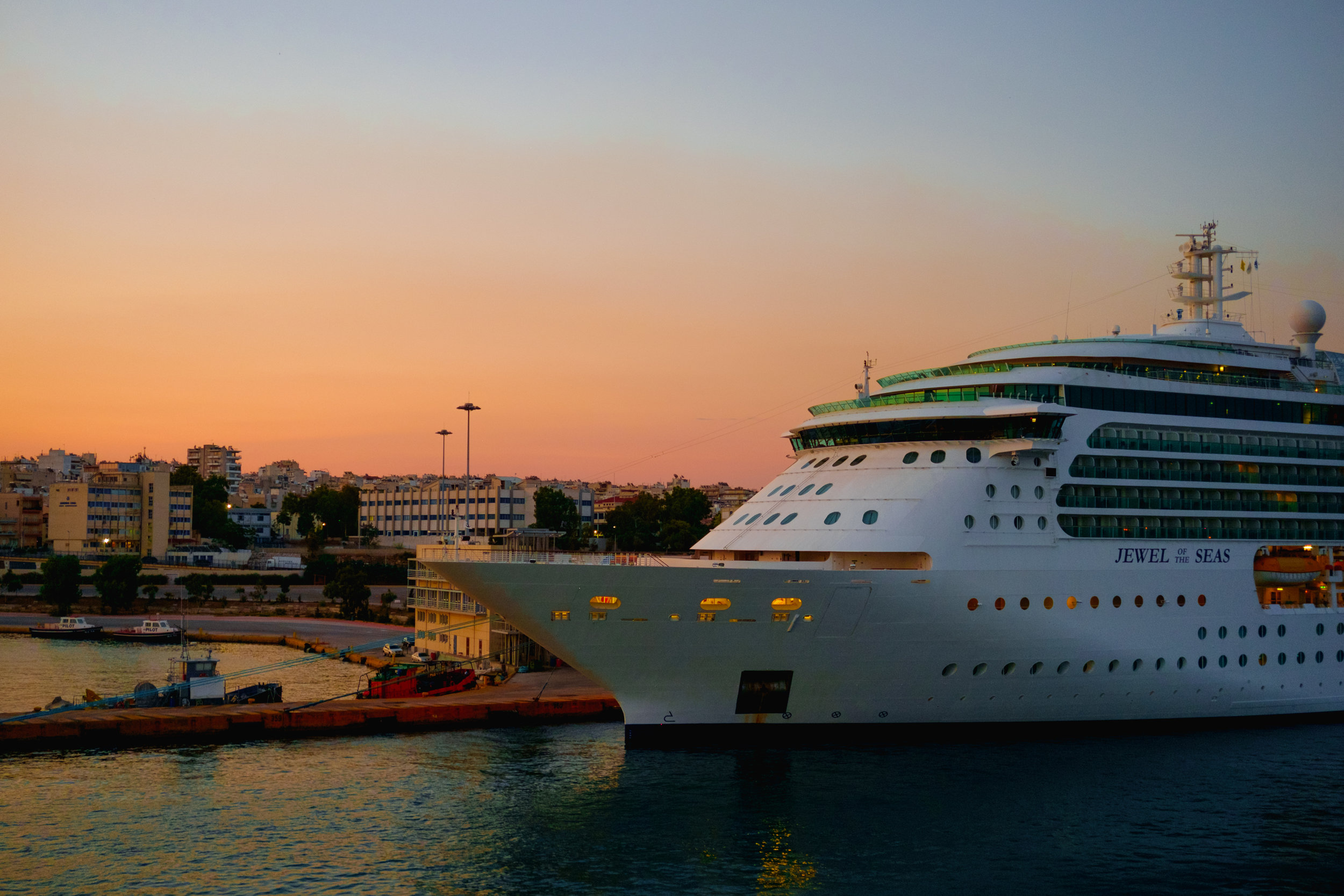 sunrise at port