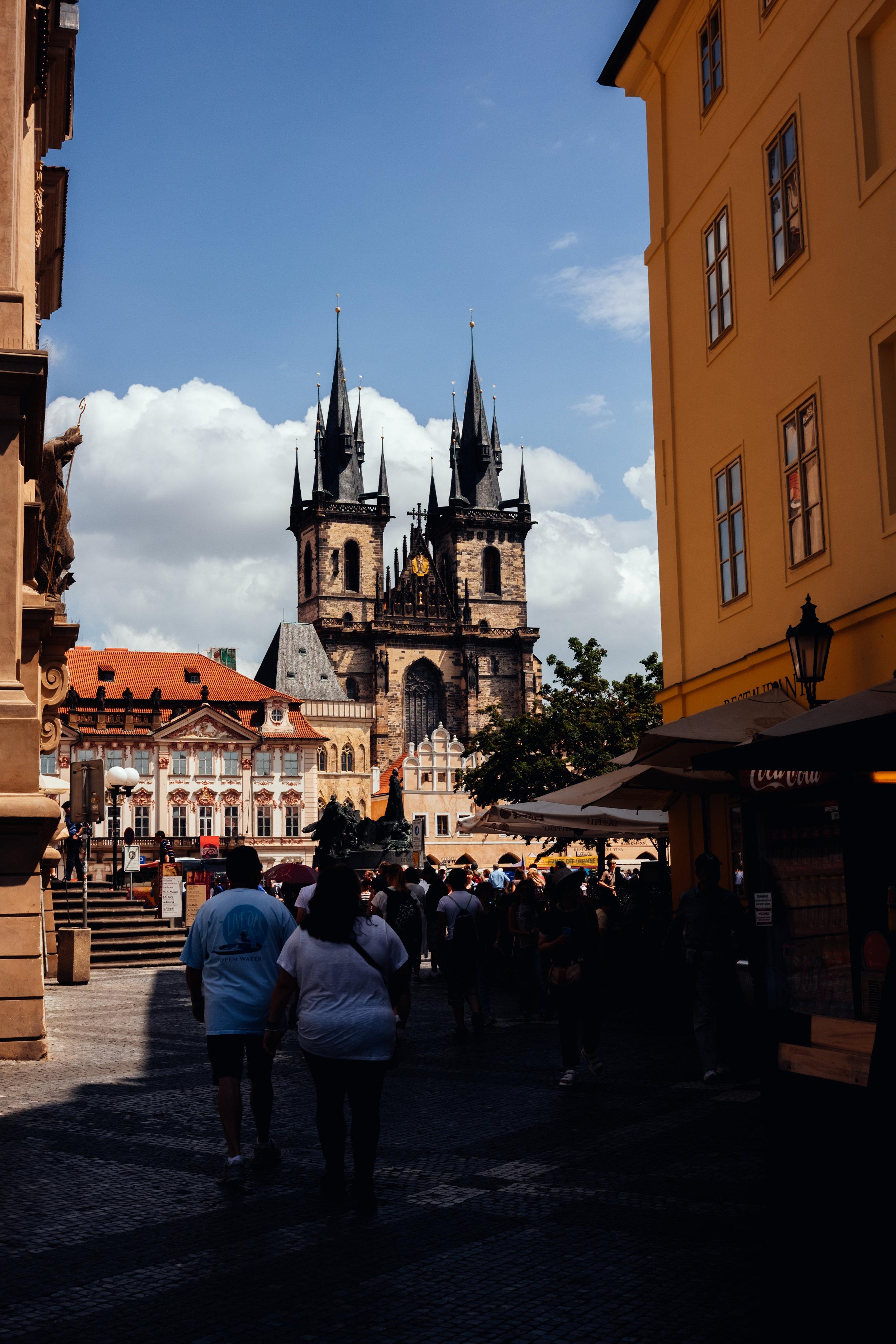old town square Prague astronomical clock staromestske namesti