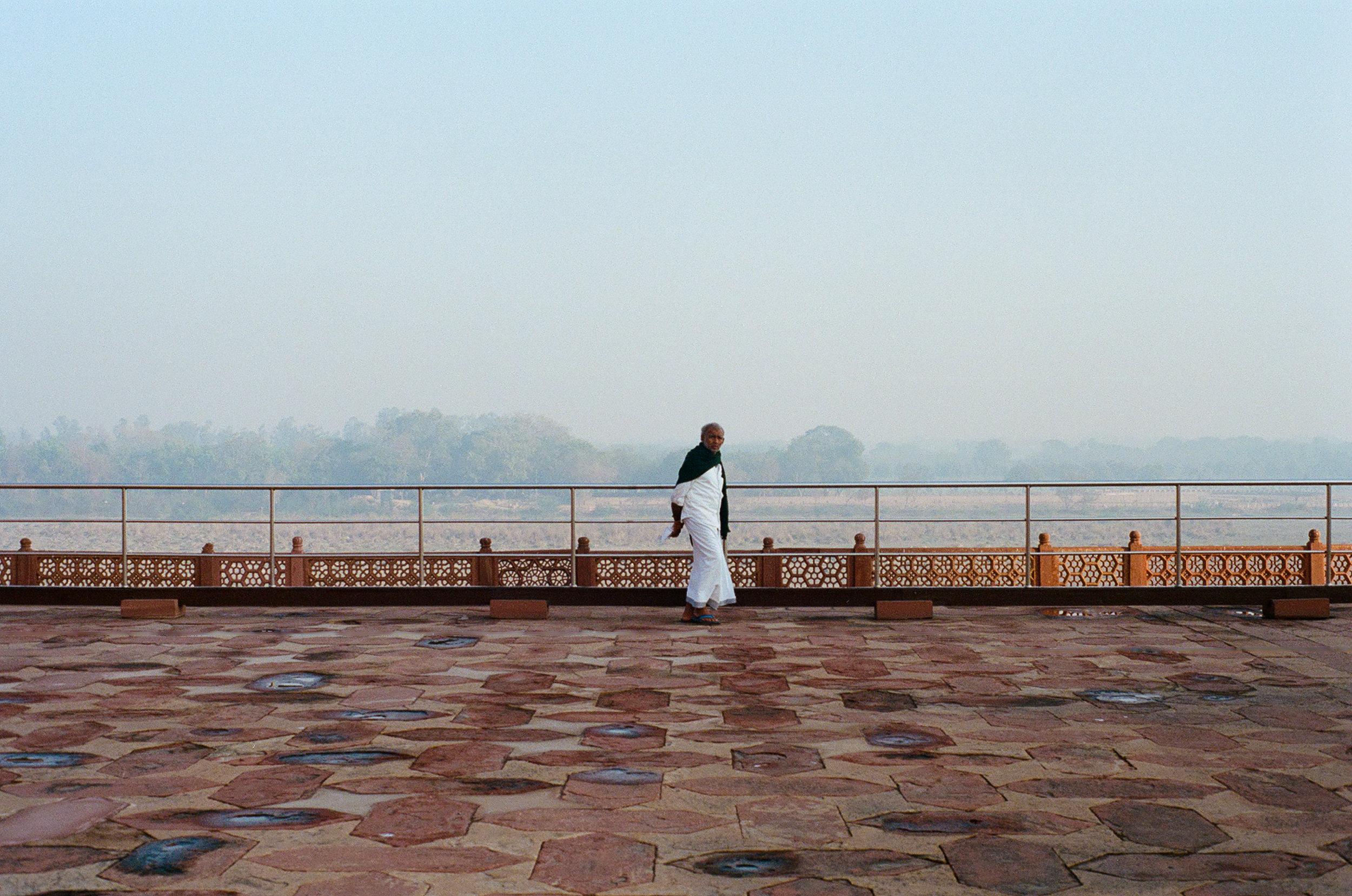 Agra Taj Mahal India Portra 400 Minolta X-700 (49 of 65).jpg