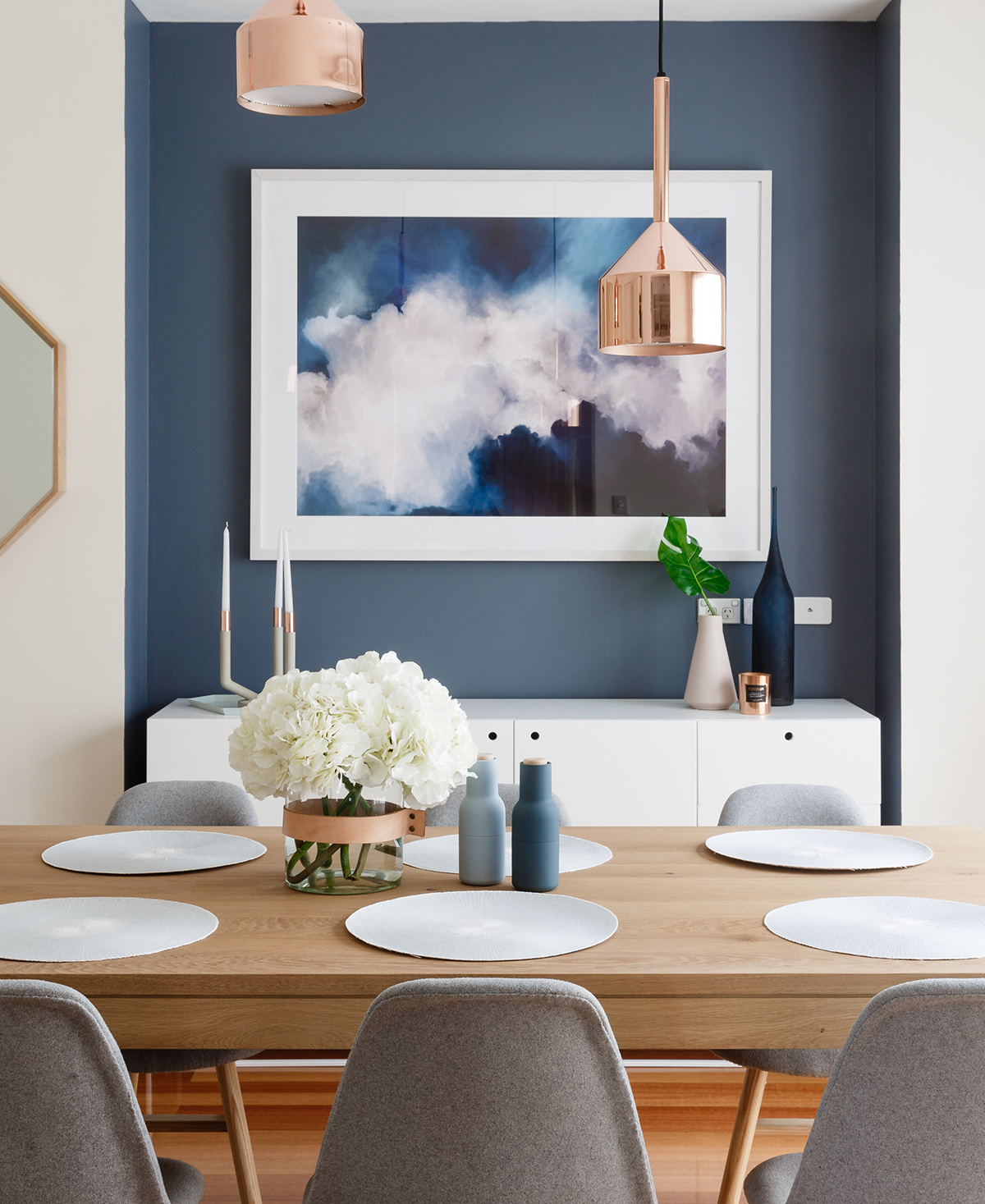 Photography:   Jeremy Blode  /  Styling and design:   Little Liberty Interiors