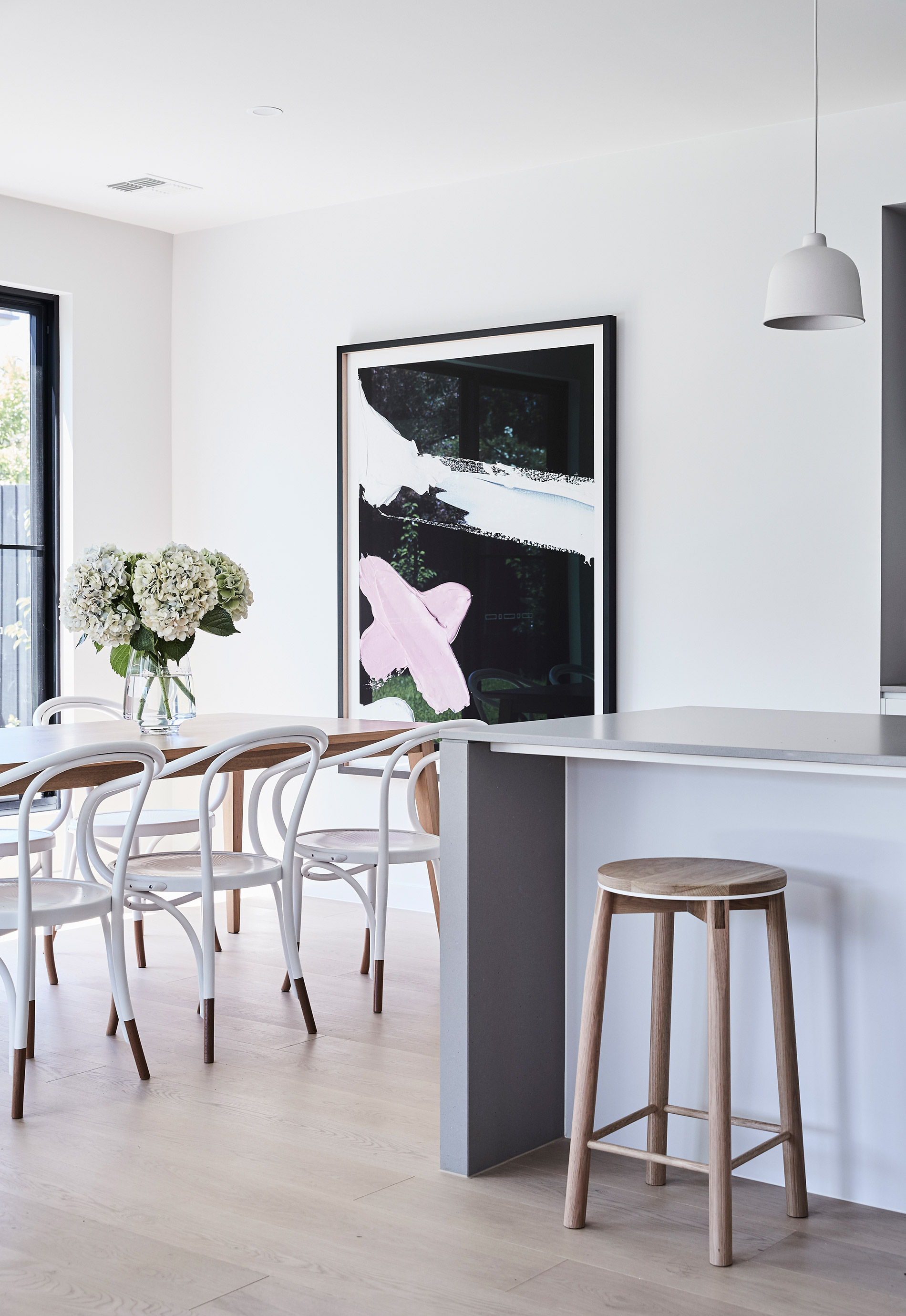 Photography   James Geer  /  Styling   Aimee Tarulli for Thomas Archer Homes