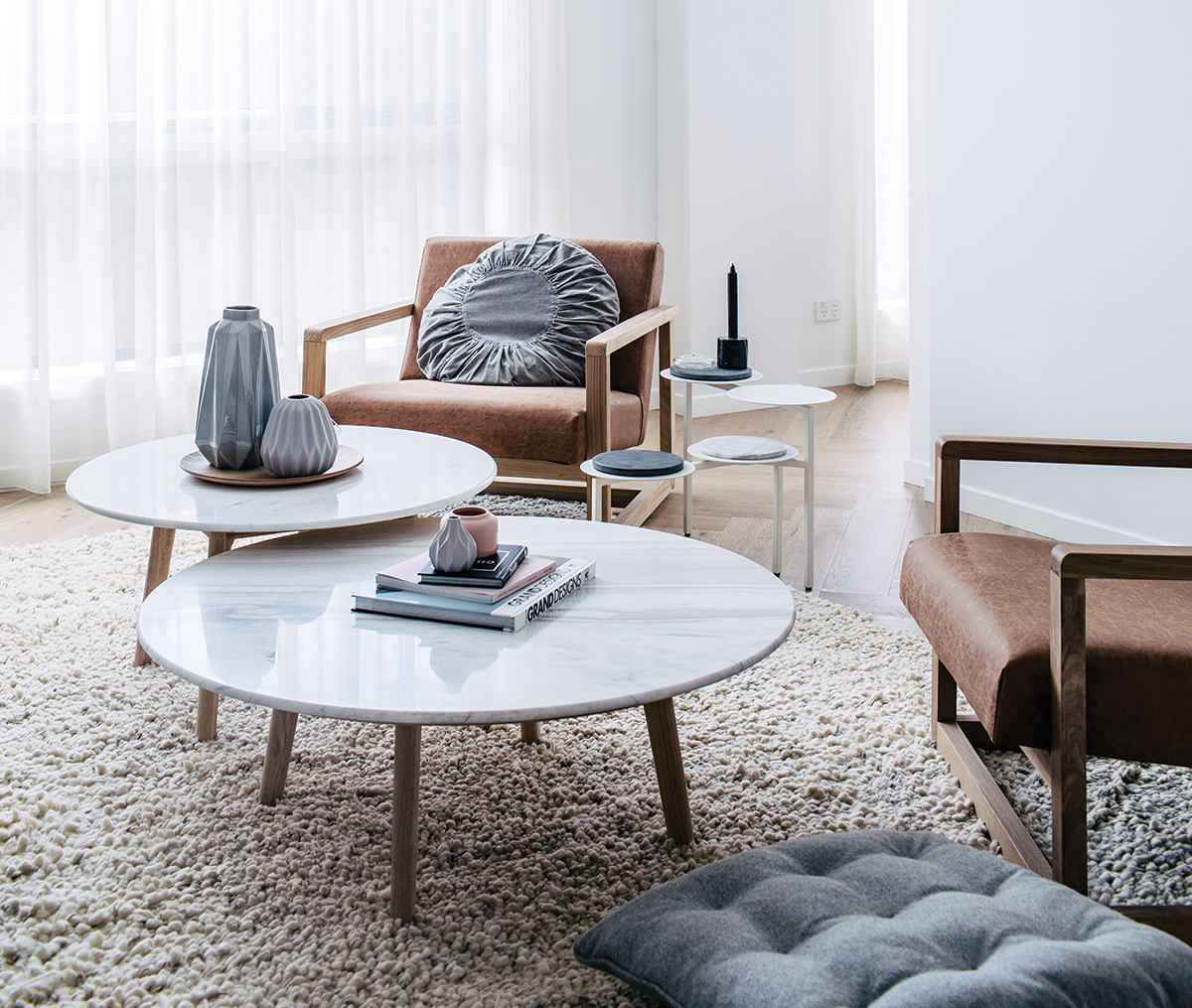 Photography   Hannah Blackmore  /  Styling   Claudia Stephenson  /  Round marble coffee tables (medium and low) from Harpers Project