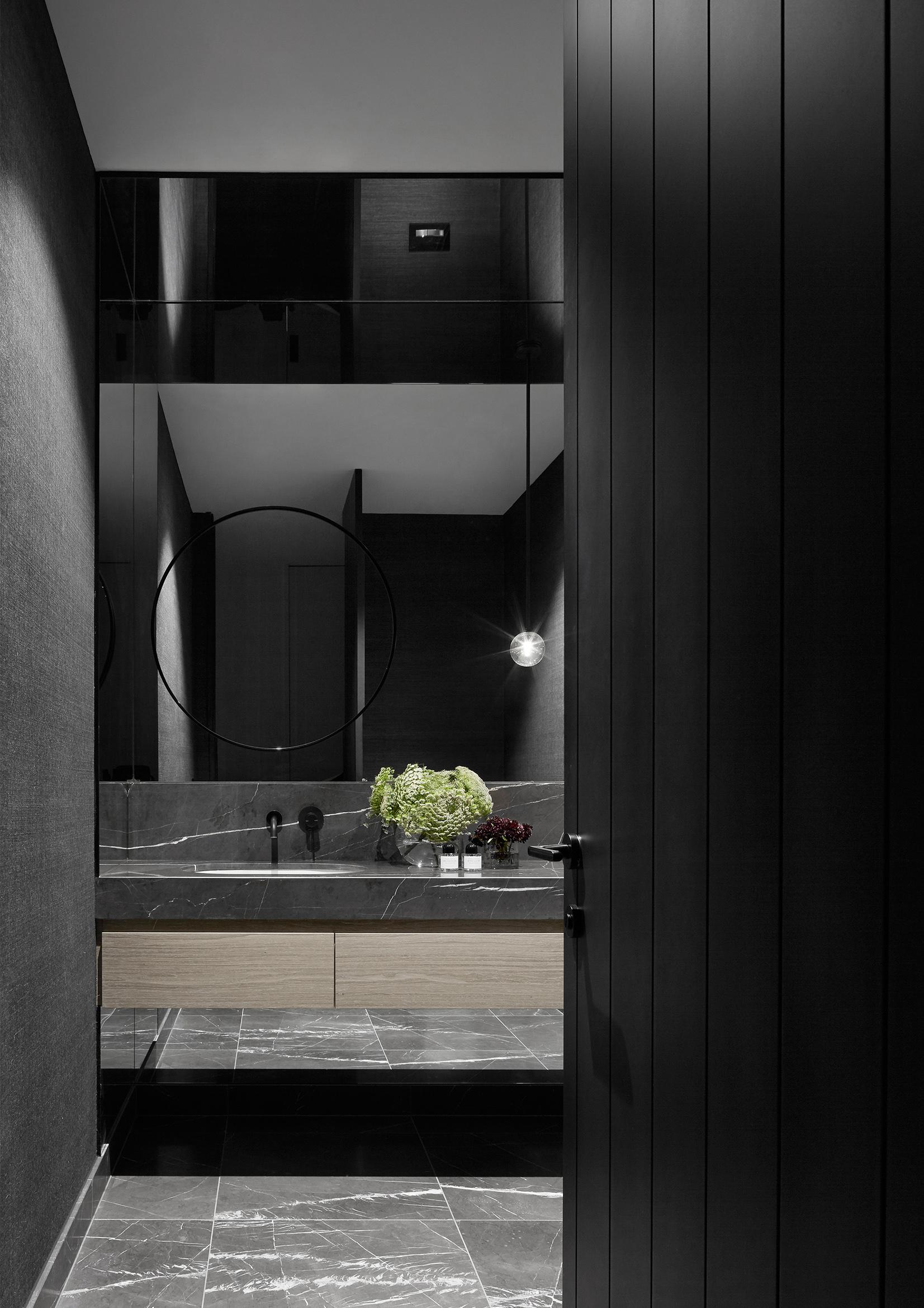 Photography  Peter Clarke  /   Interior design  Mim Design