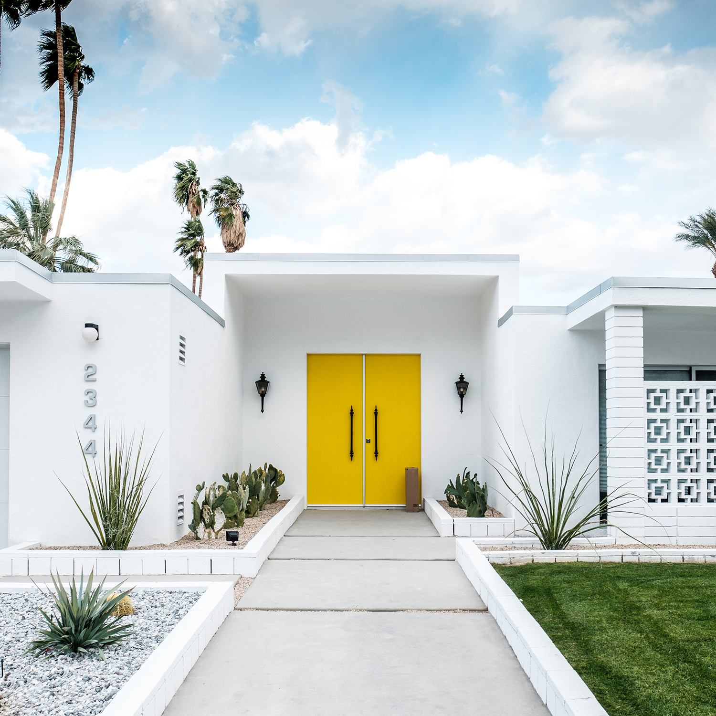 adore_blog_palm_springs_door_tour_yellow.jpg