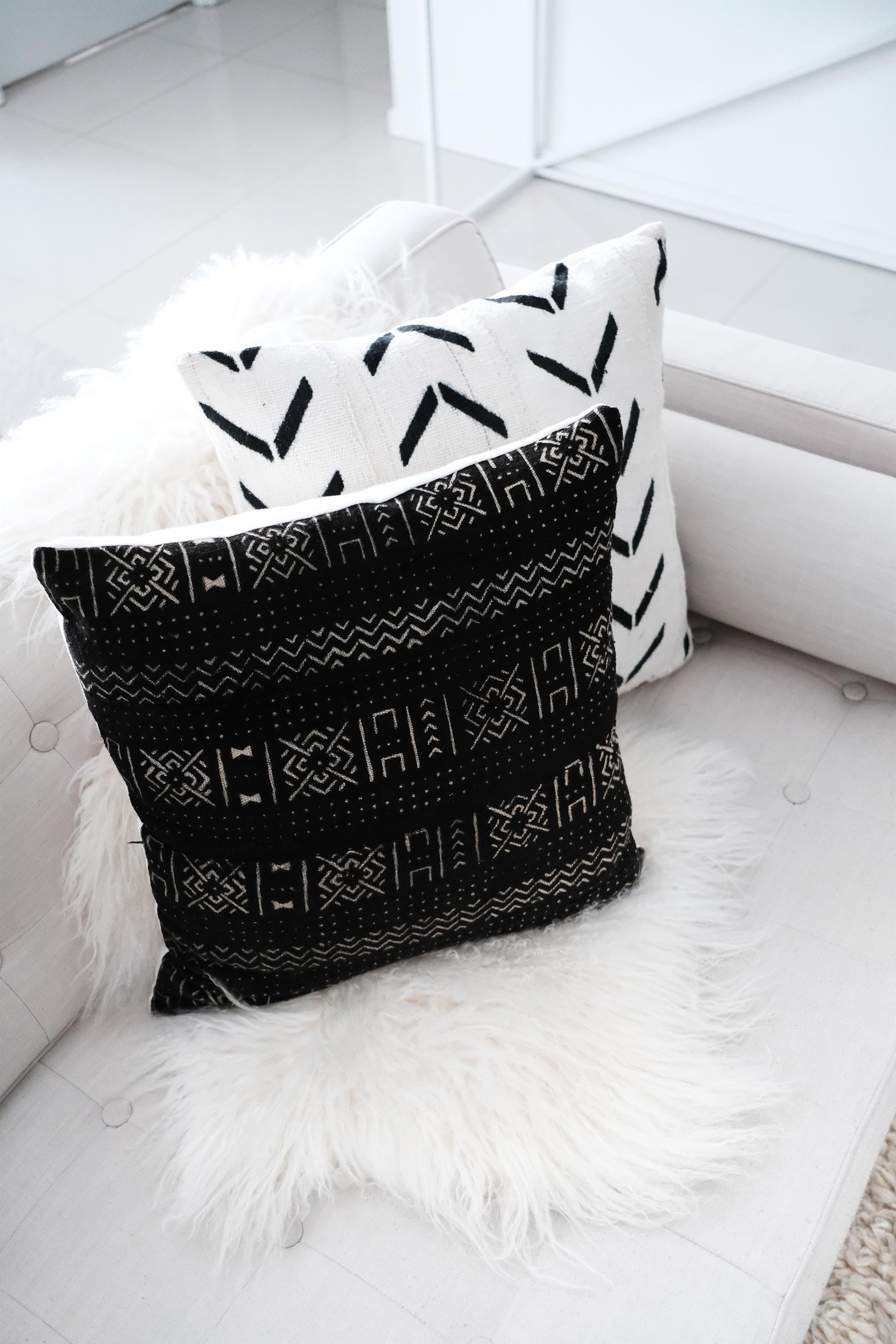 mucloth_cushions_australia_black_white_monochromatic_stylish.jpg