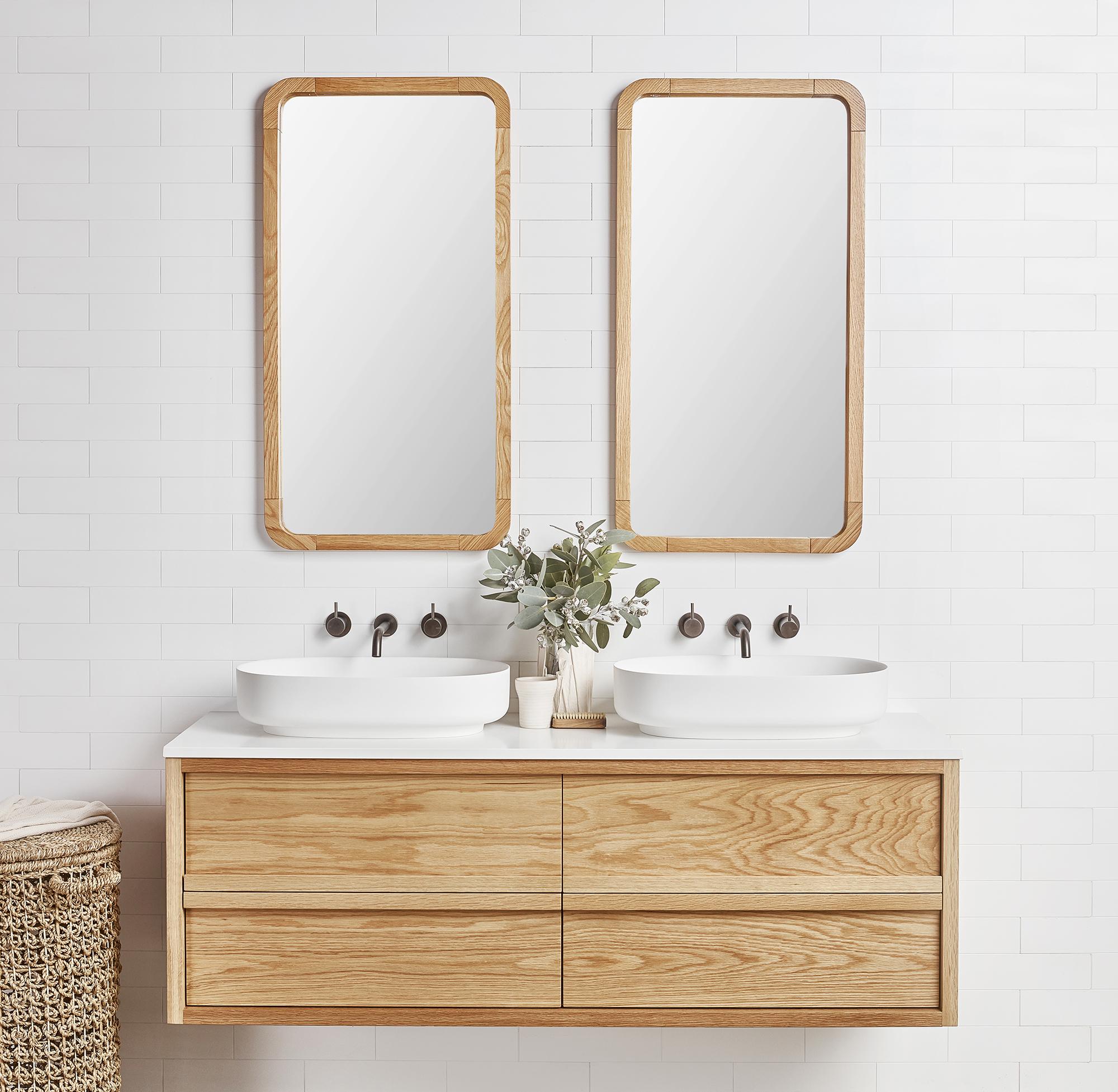 Angourie vanity