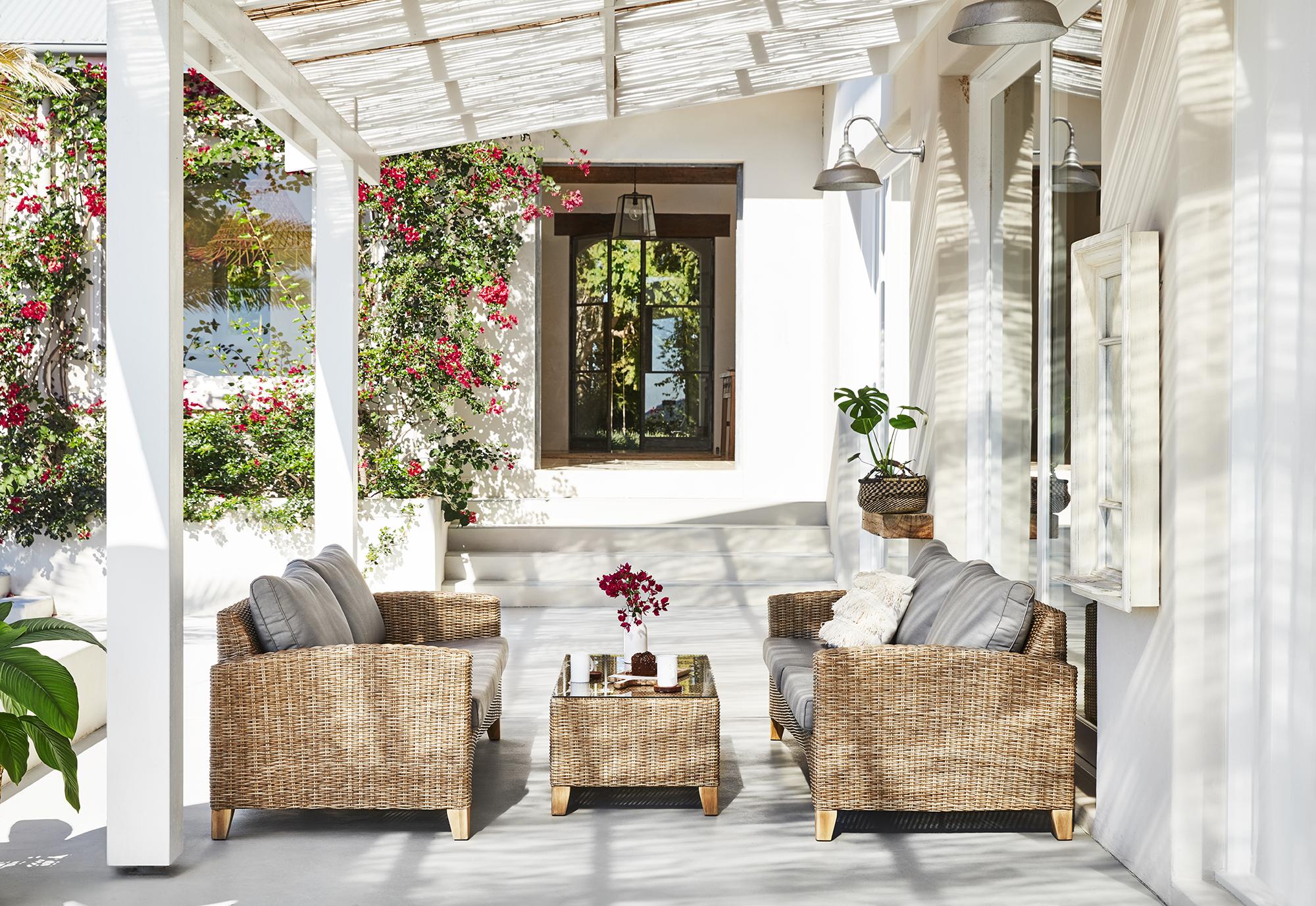 adore_blog_90005250_Livorno 3 Seater Sofa-90005251_Livorno Coffee Table.jpg