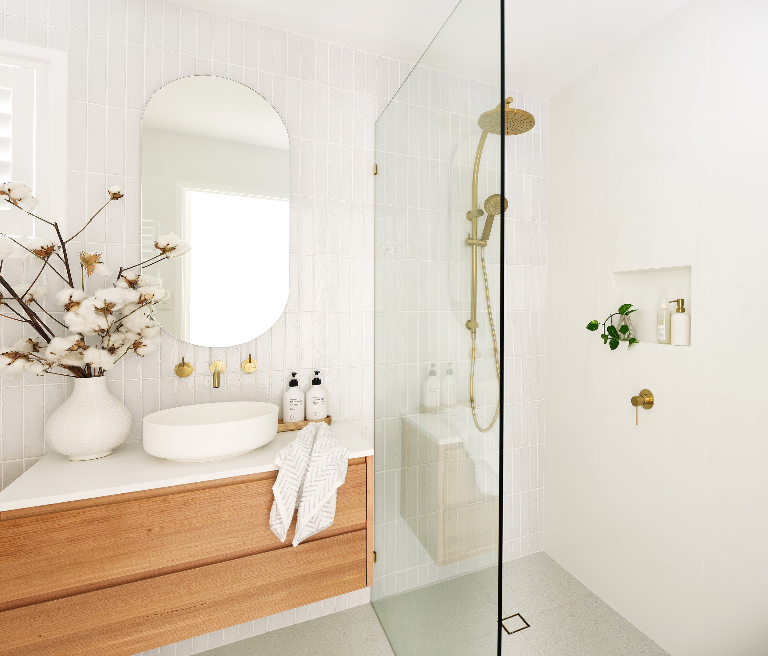 web_Adore_Home_Magazine_Bathroom_Reno_Loni_Parker2.jpg