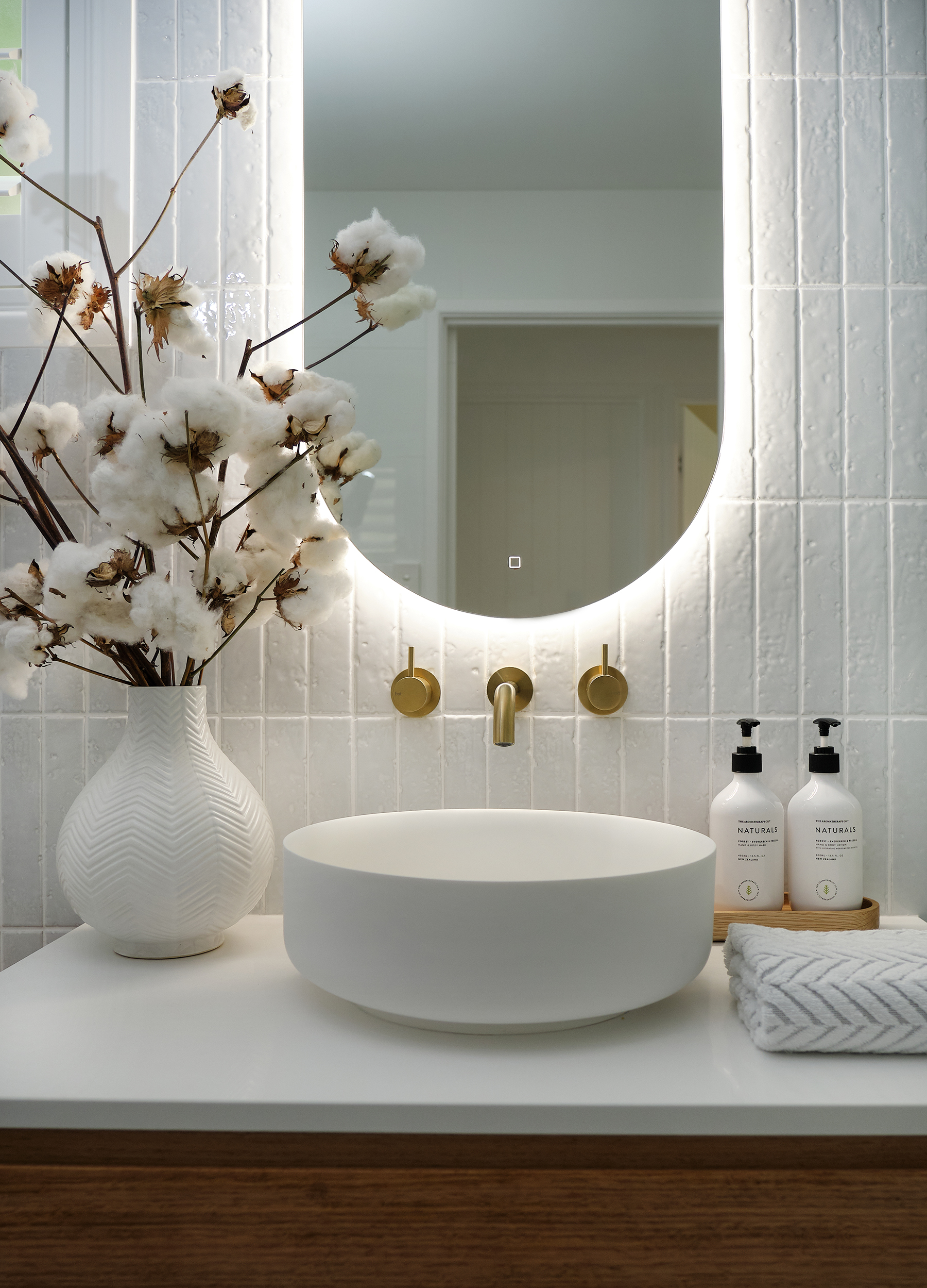 web_Adore_Home_Magazine_Bathroom_Reno_Loni_Parker6.jpg