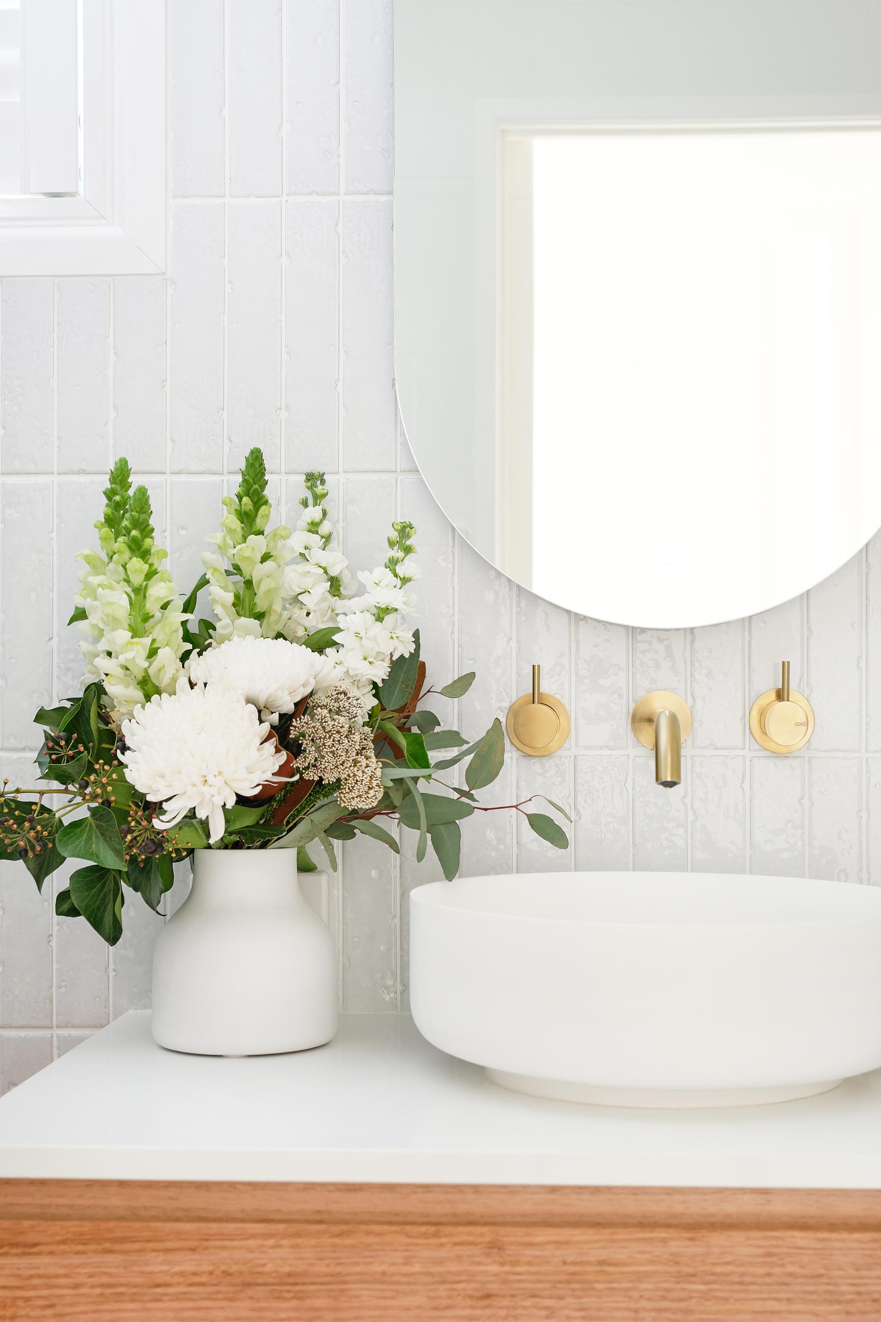 web_Adore_Bathroom_Front_3@zidsphoto.jpg
