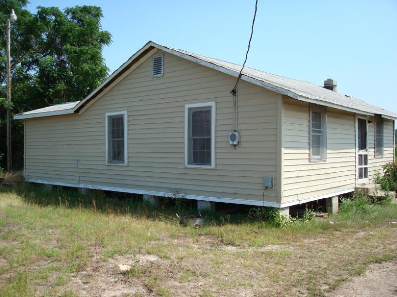 This house in Hartsville was to be moved to a new location.