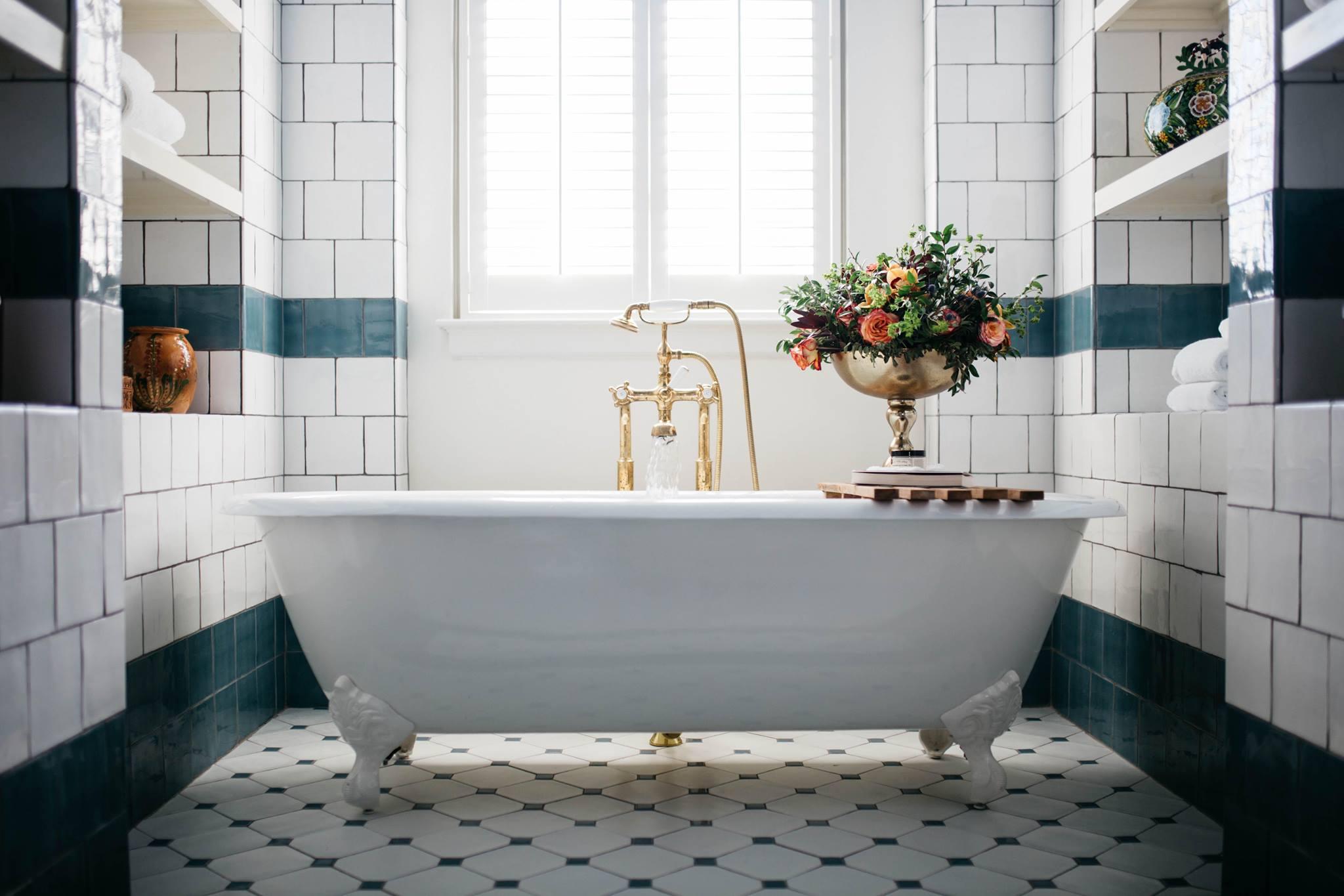 Hotel Emma Bathroom.jpg