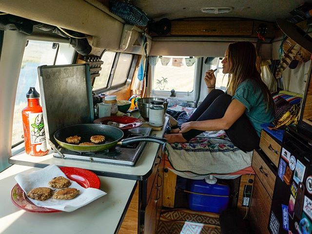 It's not all hikes and climbs...sometimes we stay in, sit on our asses and make cookies 🍪🚐