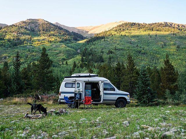 Rockies base camp ⛰🚐🐺