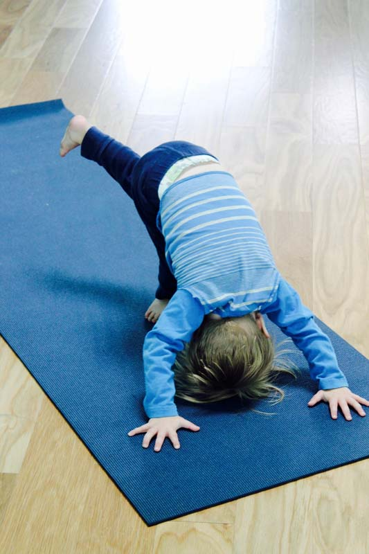 yoga tots 2.jpg