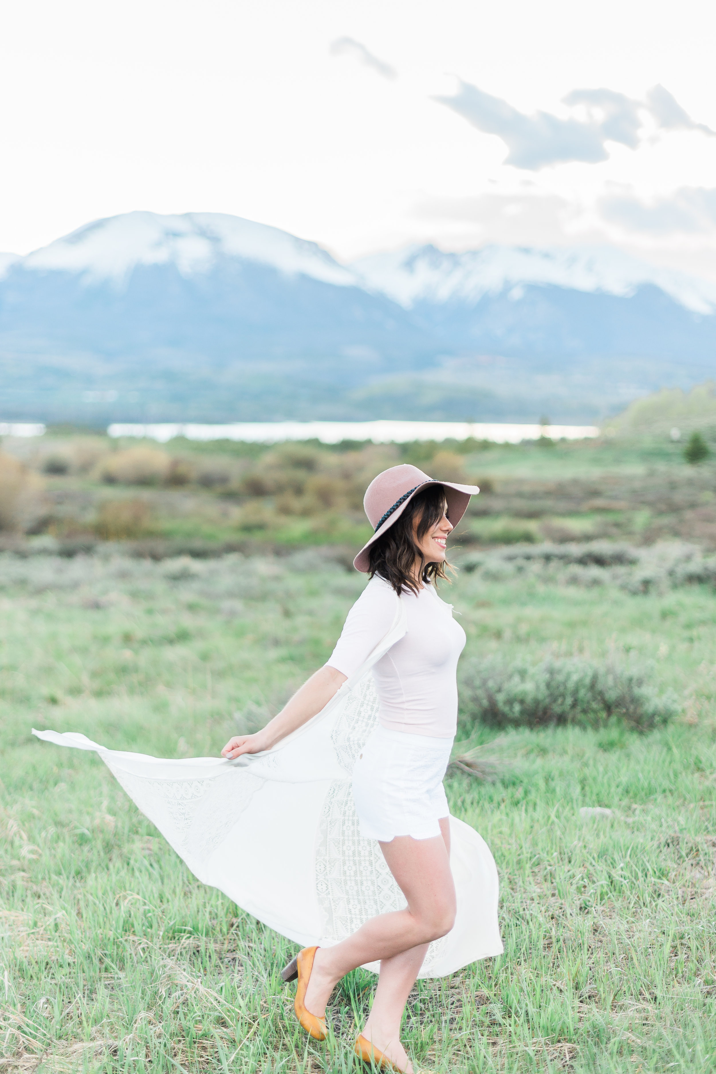 Dani-Cowan-Photography-Lake-Dillon-Photoshoot-LindaBello31.JPG